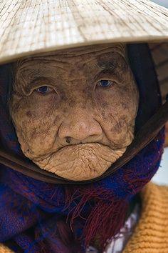 Interesting People 웃 www.pinterest.com/WhoLoves/People ヅ #people #beauty