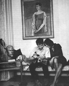 """Bob Dylan and Joan Baez, 1963 Bob Dylan's Spock and Don King impersonator selfies SOURCE New promo photo of Bob, pen in hand; for """"Mondo Scripto,"""" a forthcoming exhibition of his lyrics and drawings source Bob Dylan photographed by Sandy Speiser in ads Joan Baez, Rock And Roll, Mahal Kita, Idole, Music Magazines, Zimmerman, Thing 1, The Beatles, Cute Couples"""