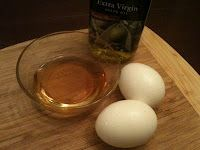 Hair mask... honey, egg yolk and olive oil. I have no excuse for not trying it... I have all the ingredients!