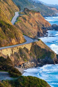 Hit the Road: 7 Iconic Road Trips | Roadtrippers