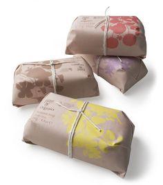 Bloom organics packaging design 1