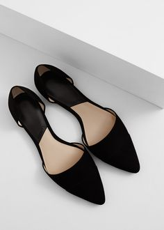 Pointed toe flat shoes | MANGO