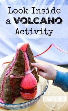 Volcano Project where you actually get to look inside a volcano eruption as it happens This is SO COOL Great science experiment for kids in preschool kindergarten gra. Kid Science, Volcano Science Projects, Volcano Science Experiment, Volcano Activities, School Science Projects, 1st Grade Science, Science Activities For Kids, Preschool Science, Elementary Science