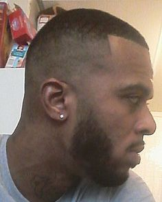 Dark fade,slight beard fade, by me��DM me for appointments, serious only#barber  #dahsarbyrashad #kylepayne #nydesigner #nycdesigner #nyfw #pfw #fashion #fashionblogger #fashionbombdaily #celebrities #celebrity #celebritystyle  #fashionweek #fashionbuyer  #models #modeling #fashiongram #phillydesigner #phillystylist #vogue#football#basketball#baseball#boxing# http://tipsrazzi.com/ipost/1506137070186512227/?code=BTm3697g79j