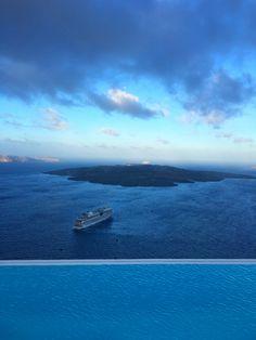 Santorini, men, fashion, sunset, Intimissimi, travel, blogger, sea, sun, island, Greece, IntimissimilovesSantorini, event, blue, summer, view, stylentonic, fashion blog, travelling, sea, landscape, boat, nature