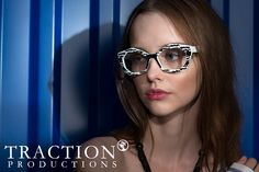 Campanha da Traction Productions - Modelo Guitry na cor Noir. #innovaoptical #traction #tractionproductions #design #oculosdegrau #eyewear #weselldesignforliving