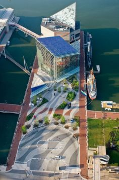 National Aquarium, Baltimore - Pier 3 Pavilion by Cambridge Seven Associates - Glass Pavilion Expansion by Chermayeff, Sollogub & Poole - Landscaped Forecourt by Rhodeside & Harwell Plans Architecture, Landscape Architecture Design, Fauna Marina, Glass Pavilion, Cool Landscapes, Urban Planning, Urban Landscape, Aerial View, Photomontage