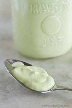 I love avocados and i adore ranch dressing, so this Avocado Ranch Salad Dressing looks like a win-win to me.