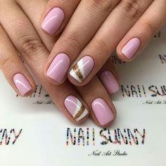 Nail Art Stidio Nail Sunny - beautiful pink, white and gold nail idea