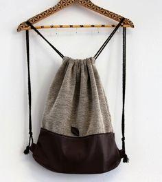 Feather Backpacks/ Drawstring Backpack/ Drawstring Bag/ / Every Day Urban Backpack by FeatherBnJ on Etsy Drawstring Bag Diy, Backpack Pattern, Backpack Tutorial, Diy Backpack, Sack Bag, Market Bag, Handmade Bags, Bag Making, Fashion Bags