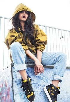 what to wear with baggy jeans 50 best looks Shoes - hip hop style - Hipster Outfits, Hip Hop Outfits, Fashion Outfits, Fashion Trends, Jeans Outfits, Jeans Shoes, Hip Hop Dancer Outfits, Fashion Ideas, Nike Shoes