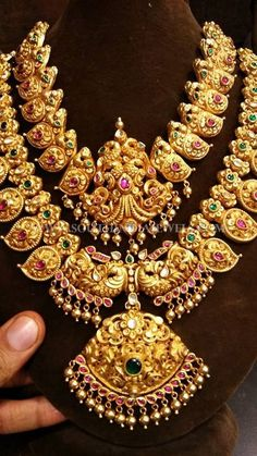 Bridal Gold Antique Jewellery Sets Designs, Bridal Jewellery Set With Long Necklace and Short Necklace.