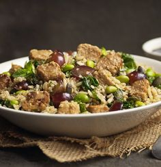 Get creative and try this delicious vegan quinoa salad recipe with edamame beans and Quorn Vegan Meat Free Pieces. Enjoy meat free alternatives with Quorn. Quorn Recipes, Uk Recipes, Veggie Recipes, Quorn Meals, Veggie Meals, Recipies, Recipes With Edamame Beans, Quinoa Salad Recipes, Moroccan Tagine Recipes