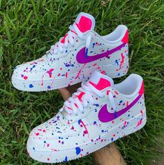 NIKE MIX i use diferent colors for this desing Cute Nike Shoes, Cute Nikes, Cute Sneakers, Vans Sneakers, Mens Vans Shoes, Kd Shoes, Awesome Shoes, Shoes Style, Running Shoes