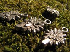 Crystal Earring by Eeppium on Shapeways, the 3D printing marketplace