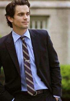 #nealcaffrey/ #mattbomer, He is so good looking its ridiculous.
