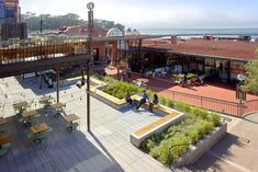 HOK Design for San Francisco's Iconic Ghirardelli Square Wins ASLA Award for Historic Preservation - HOK Social Housing Architecture, Landscape Architecture, Urban Landscape, Landscape Design, Plaza Design, Global Design, Urban Design, Small Terrace, Landscape Materials