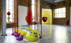 """""""Jeff Koons' Caterpillar Chains"""", The Garage, Moscow"""