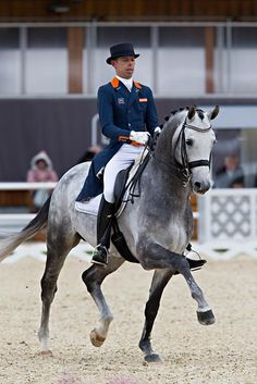 Zanardi - Hans Peter Minderhoud By far my favorite pair, and by far my favorite horse! His willingness and cooperation in Dressage is outstanding. An athlete that loves his sport.