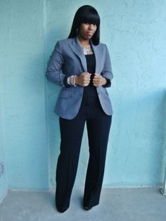 curves+and+confidence%2C+office+outfits%2C+grey+blazer%2C+black+dress+pants.JPG (1200×1600)