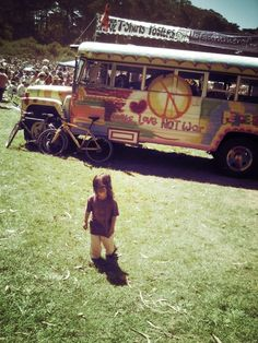peace-love-hippieness:    Aw little one