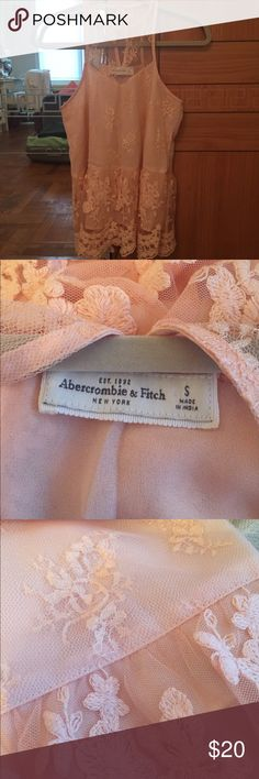 A&F blush color lace top No flaws Abercrombie & Fitch Tops