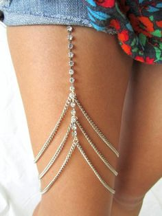 Leg chain garter <3 Unique gorgeous bling blings. Accessories for ladies women fashion styles. Cute love