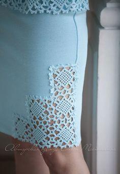 Crochet Skirts, Crochet Blouse, Crochet Clothes, Dress Patterns, Sewing Patterns, Crochet Patterns, Hand Crochet, Crochet Lace, Sky Blue Suit