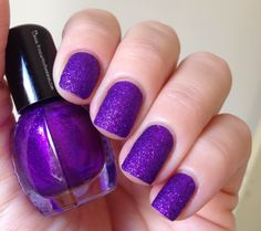 Purple #nails #nailpolish #esmalte #unhas