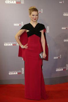 1c9ab3e48bb 13 meilleures images du tableau César   robes rouges
