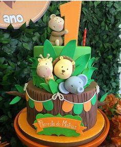 Jungle Safari Cake, Safari Birthday Cakes, Safari Baby Shower Cake, Jungle Theme Birthday, Lion King Birthday, 2nd Birthday Party Themes, Safari Cakes, Wild One Birthday Party, Safari Party