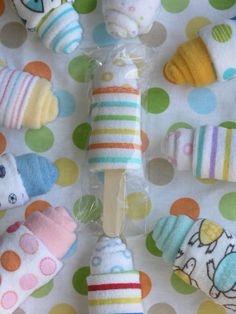 Washcloth Baby Popsicle, Baby Shower Sweet Treat Gift Embellishment, Wash Cloth Bath Gift for Newborn Boy or Girl, Unique New Baby Gift