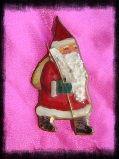 Santa Clause Christmas Holiday Pendant Brooch by ShoppingLounge