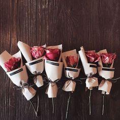 「주문 레슨문의 Katalk ID vanessflower52 #vanessflower #vaness #flower #florist #flowershop #handtied #flowergram #flowerlesson #flowerclass #바네스 #플라워 #바네스플라워…」