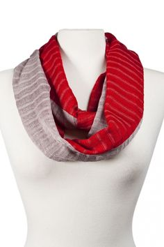 Handmade forever scarf from Guatemala. $28 on Ethical Ocean. #infinityscarf #fairtrade #handmade