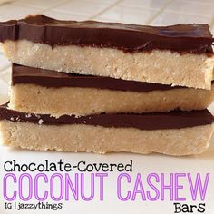 Chocolate-Coconut-Cashew Bars -- I have hemp seeds on hand and will substitute them for the cashews. Paleo Dessert, Gluten Free Desserts, Dessert Recipes, Healthy Desserts, Delicious Desserts, Healthy Recipes, Yummy Treats, Sweet Treats, Low Carb Protein Bars