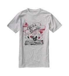 Si pour vous la vie est un pari, vous etes fait pour jouer au poker.    tres belle creation pour illustrer ce propos.    sur un tee shirt de couleur blanc chiné, tres tendance.