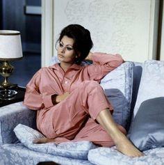 Sophia Loren's pink pyjamas in 'The Countess In Hong Kong' #film #lingerie