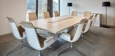Angermann Real Estate Advisory AG, Frankfurt/Main, Germany. Furnished with the P2 Conference Table.