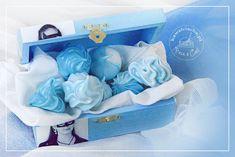Bezy niebieskie ombre, ozdoby naked cake in blue, więcej na www.pieceacake.pl