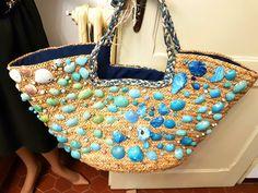 Cesto coffa perle vintage mare ricamato con conchiglie foglie di palma intrecciate estate Sicilia