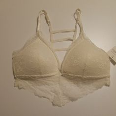 53f06de79f Lace Bralette Medium Ivory Lined Ladder Back lightly padded bra New   fashion  clothing