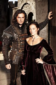 Richard Armitage and  Laura Pulver in  ROBIN HOOD, BBC