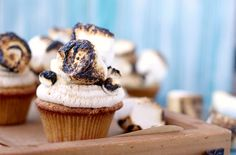 Toasted Marshmallow Cupcakes