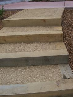The 2 Minute Gardener: Photo - Landscape Timber Stairs with decomposed granite Landscape Stairs, Landscape Timbers, Landscape Design, Outdoor Steps, Patio Steps, Wood Steps, Hillside Landscaping, Landscaping With Rocks, Shade Landscaping