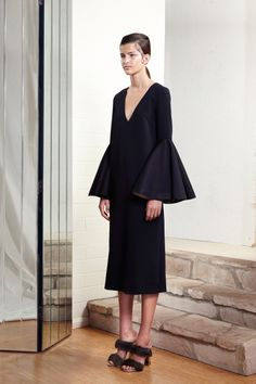 Ellery Pre-Fall 2014 Fashion Show Fashion Books, Fashion Show, Fashion Design, Fashion 2014, Fashion Images, Runway Fashion, Fashion Women, Fashion Beauty, Bouchra Jarrar