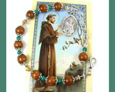 Francis of Assisi Chaplet Bracelet, St. Perfect Gift For Mom, Gifts For Mom, Great Gifts, Francis Of Assisi, St Francis, Handmade Bracelets, Handmade Jewelry, Handmade Gifts, Mothers Day 2018