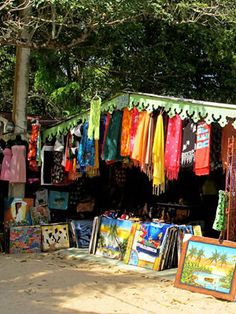 Tips on buying Souvenirs in the Dominican Republic - Explore Dominican Republic with Debbie