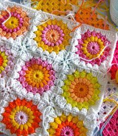 Crochet Throws: Wonderful Crochet Throw - granny square