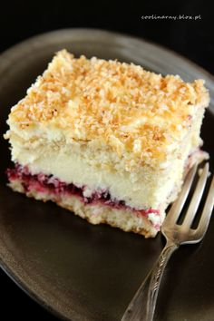 Biszkopt z masą kokosową Baking Recipes, Cake Recipes, Dessert Recipes, Chocolate, Cupcake Cakes, Cupcakes, Sweet Pastries, Vegan Sweets, Sweet Cakes